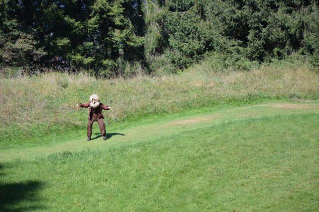 gnomo tra l erba
